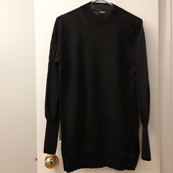 Badgley Mischka merino wool sweater M
